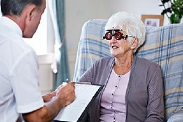Free home eye tests with Specsavers Healthcall